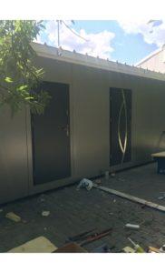 kontener-biurowy-drzwi-1